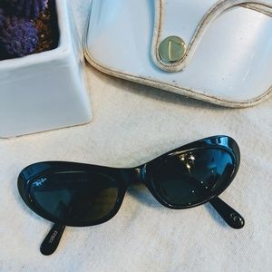 Vintage Ray-Ban Retro 90s cat eye sunglasses